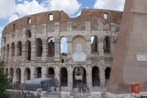 Colosseum retaining wall Stern